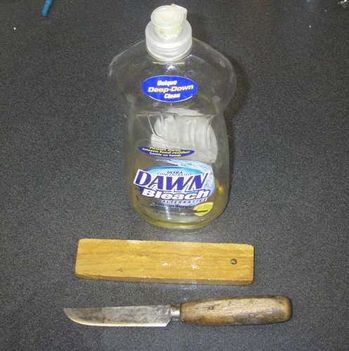 Sharpen-Knife-on-Soapy-Water-Stone.jpg