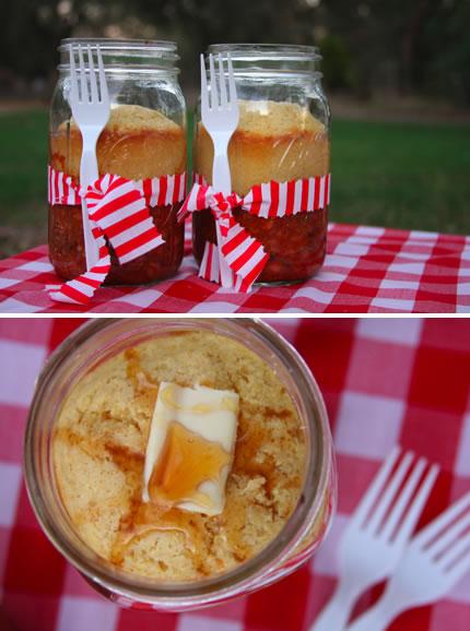 chili_and_cornbread_in_jar.jpg