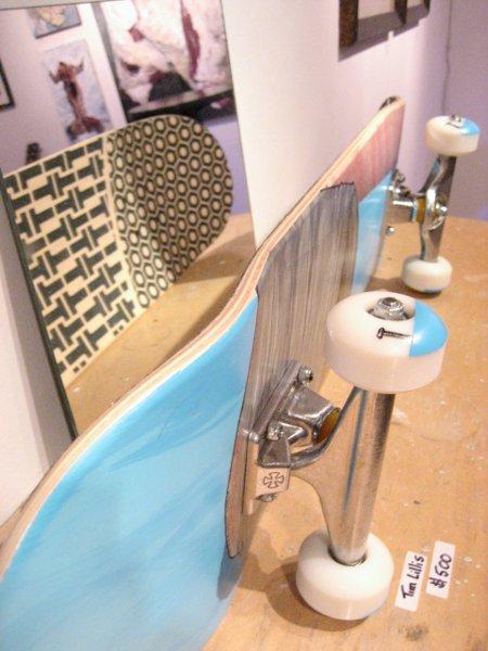 custom_painted_skateboard.jpg