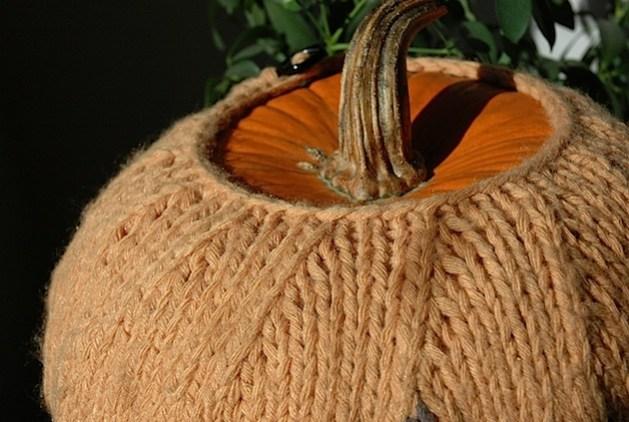 pumpkin_cozy_decreases_detail.jpg