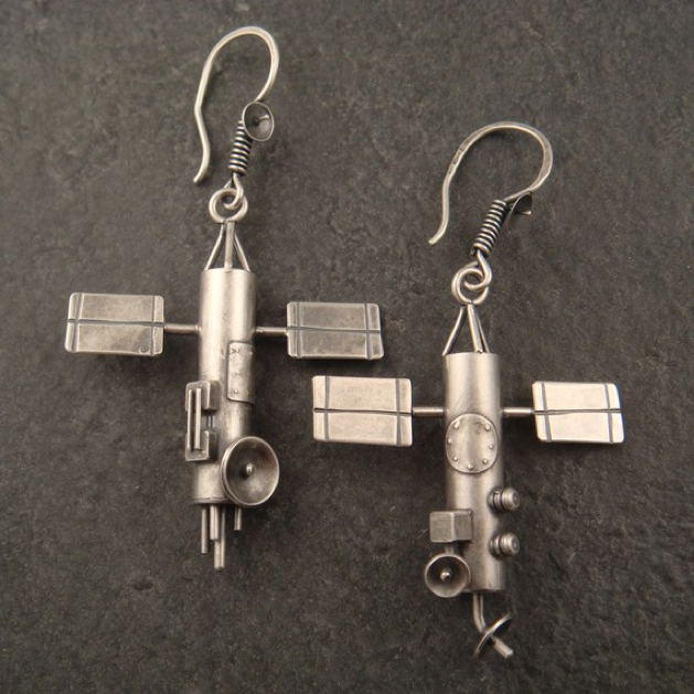 Giftguide Satelliteearrings
