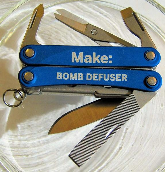 bombDefuser.jpg
