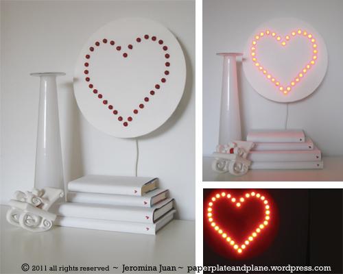 LED_heart_wall_lamp.jpg