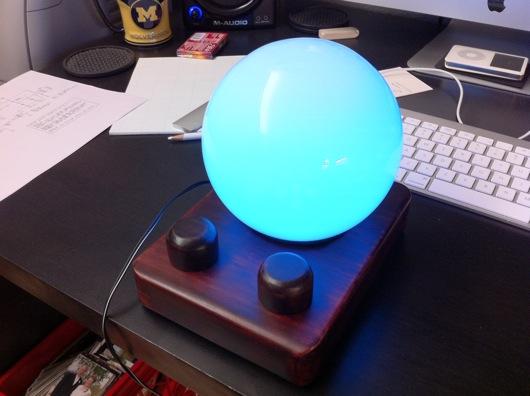 ledmoodlamp1.jpg