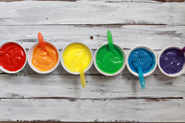 Rainbowpudding-Stirinfoodcoloring