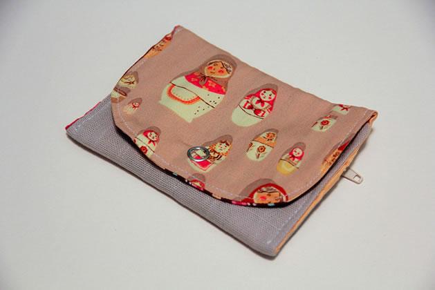 snap_wallet_zipper_pouch.jpg