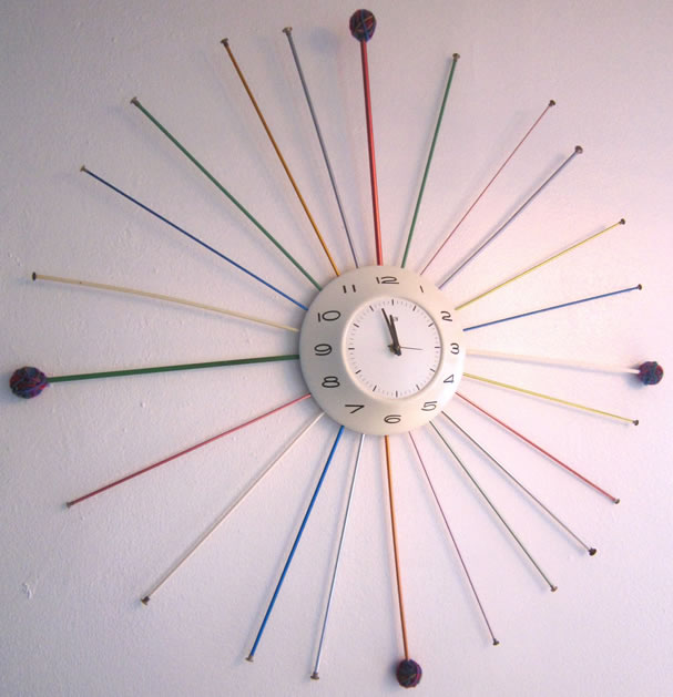 mid_century_knittingneedle_clock.jpg