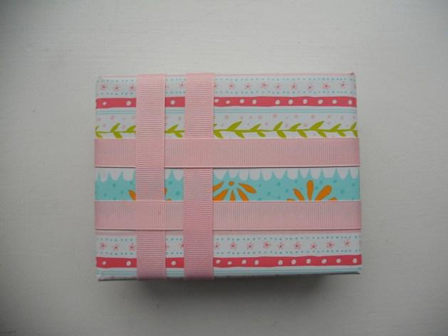 ribbon_scrap_wrapping.jpg
