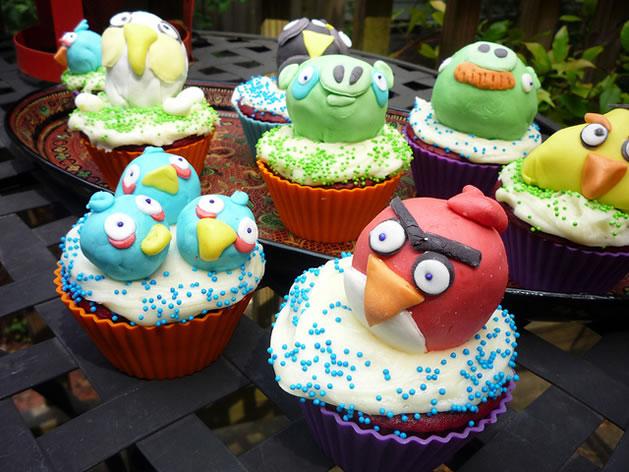 angry_birds_cupcakes.jpg