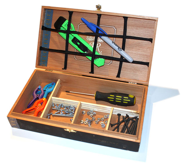 cigarbox-tools-629pix.jpg