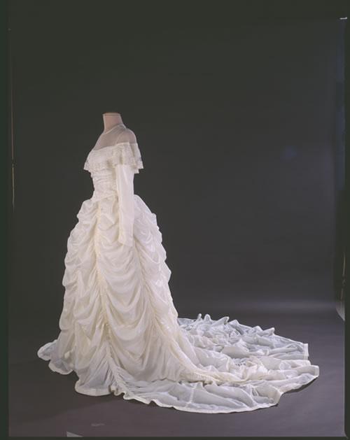parachute_dress.jpg