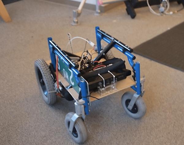 wheelchair robot.png