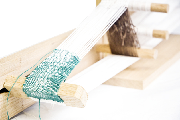 How To: Build an Inkle Loom | Make: