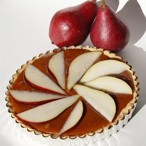 craftinomicon_pear_tart.jpg