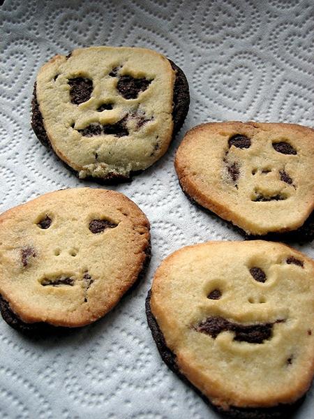 dayof-the-dead-cookies.jpg