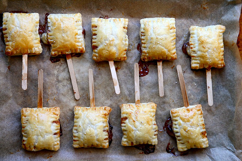 baked_brie_bites_on_a_stick.jpg