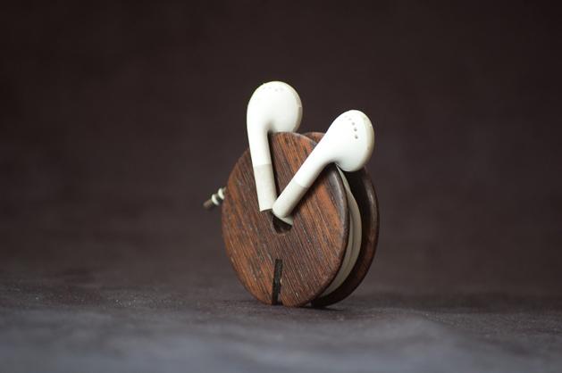 Woodenearbuds.jpg