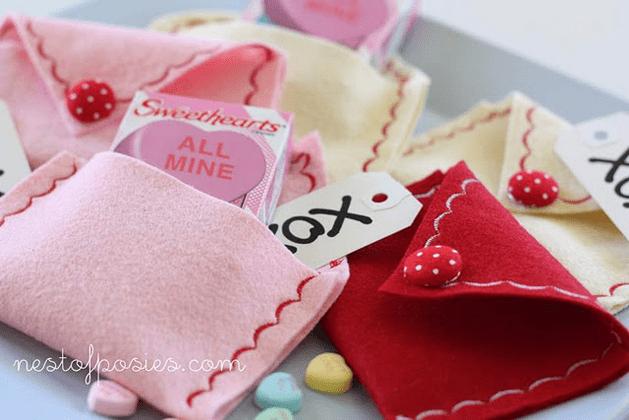 valentine_felt_envelopes.png