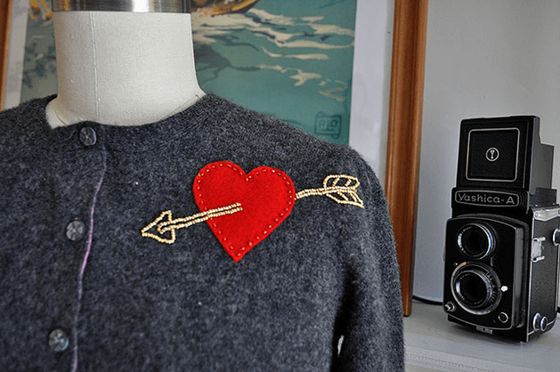 cupids_arrow_embroidery.png