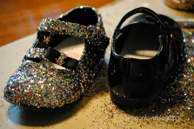 kid_glitter_shoes.jpg