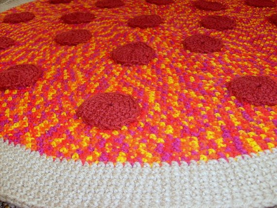 crochet-Pizza-Rug-1.jpg