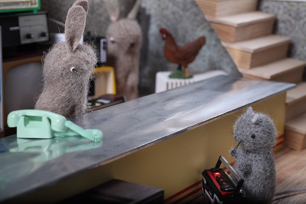 confrontation_at_the_counter_flickr_roundup.jpg