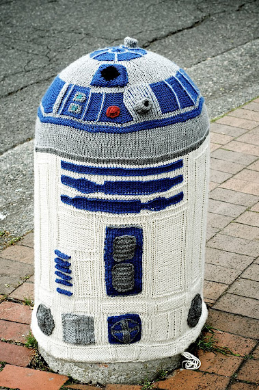 Awesome R2d2 Yarn Bombing Make