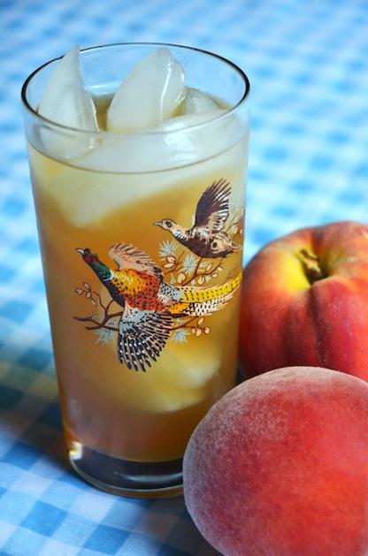 fineandfeathered_peach_sweet_tea.jpg