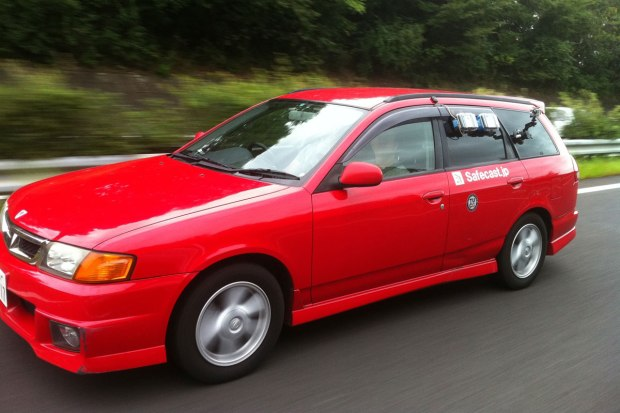 The Safecast car equipped with two bGeigies.
