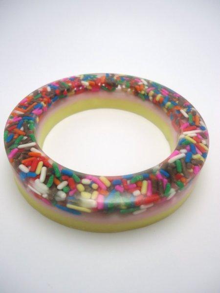 resin_sprinkle_bracelet.jpg