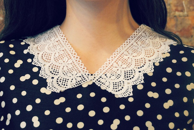 mjtrim_lace_collar.jpg