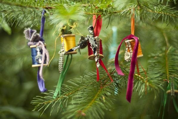 craftzine_spool_ornaments_12