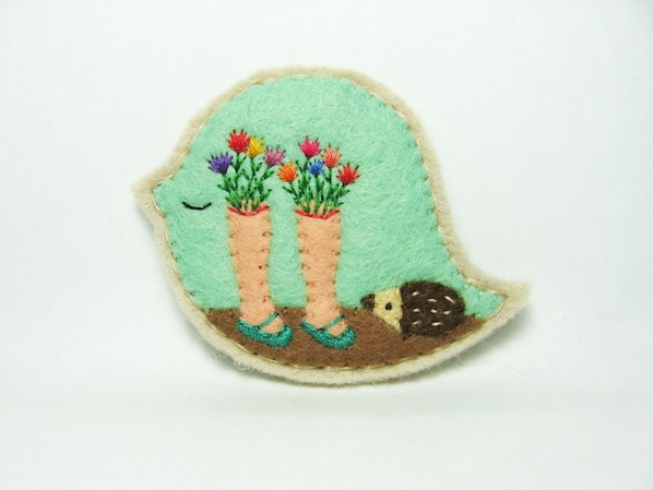mysterious_fragrance_felt_brooch_flickr_roundup