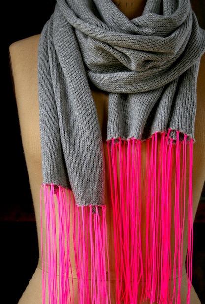 purlbee_spring_scarf_neon_02