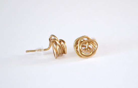dreamalittlebigger_wire_knot_earrings_01