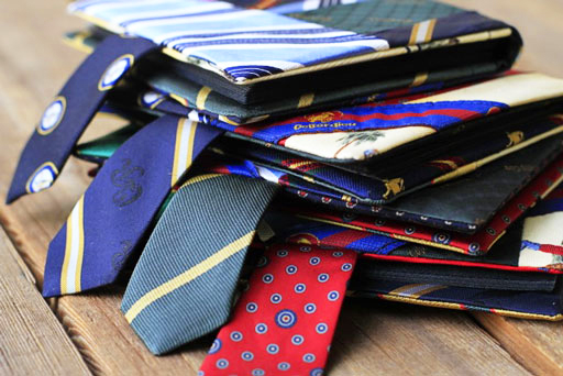 lilblueboo_necktie_mini_albums_02