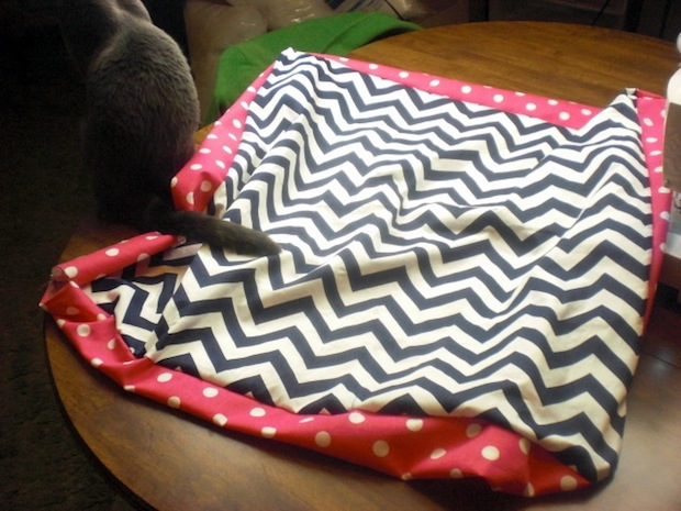 ovenlovin_chevron_floor_pillows_02