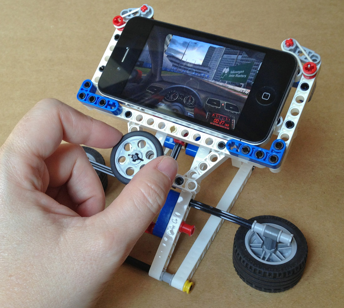 Phone Racer—Lego iPhone Gaming Stand