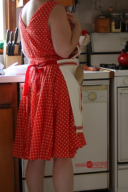 lisaclarke_tea_towel_apron_02