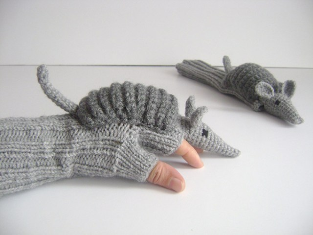 Armadillo-Gloves-1