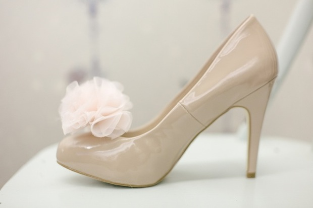 bridalmusings_shoe_clips_01