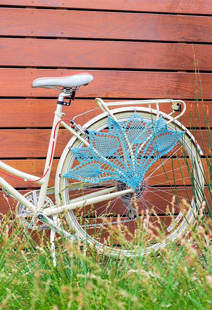 crocheted-bike-gaurd-skirt-1
