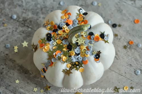 ilovetocreate_sparkle_pumpkin_01
