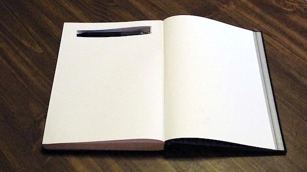 instructables_pen_in_sketchbook
