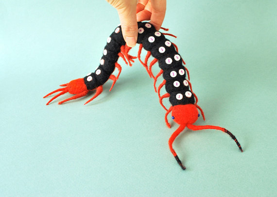 needle_felted_spotted_centipede_1