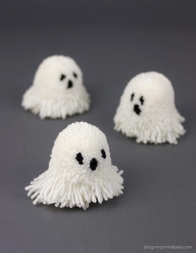 pompom-ghosts-1