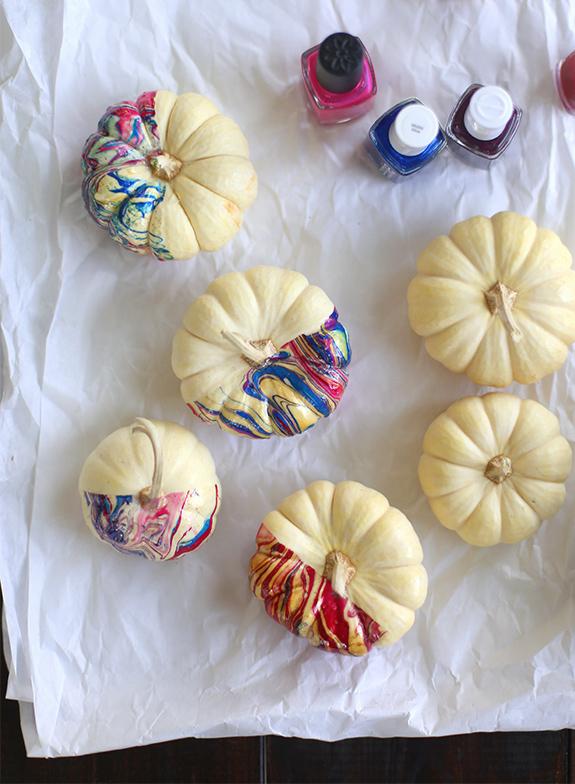 sayyestohoboken_marbled_pumpkins_01