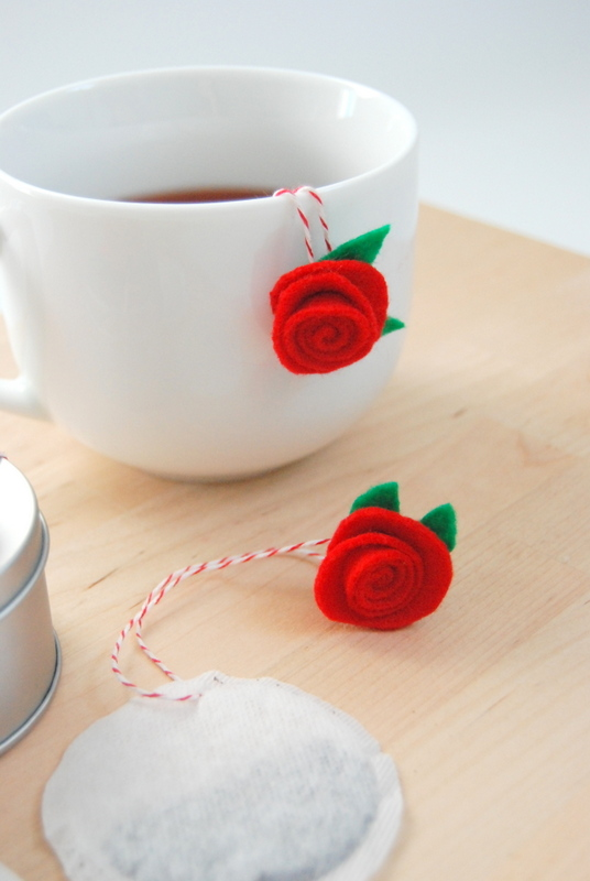 Felt-Rosettes-on-Tea-Bags-northstory