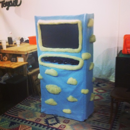 felted-arcade-cabinet-4