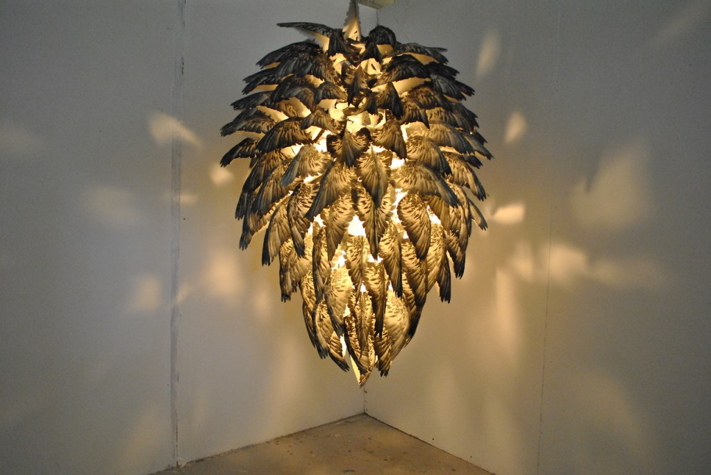 pigeon-wing-lamp-1